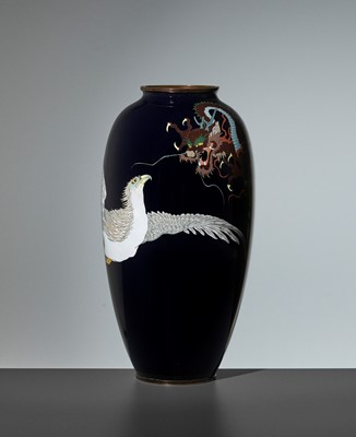 Lot 99 - A LARGE CLOISONNÉ VASE WITH CONFRONTING HAWK AND DRAGON