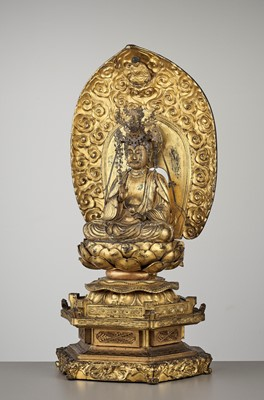 Lot 75 - A LARGE AND COMPLETE GILT-LACQUERED WOOD STATUE OF KANNON BOSATSU