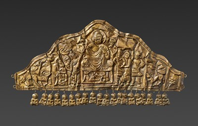 Lot 51-AN EXTREMELY RARE GANDHARAN GOLD DIADEM DEPICTING BUDDHA DEFYING MARA