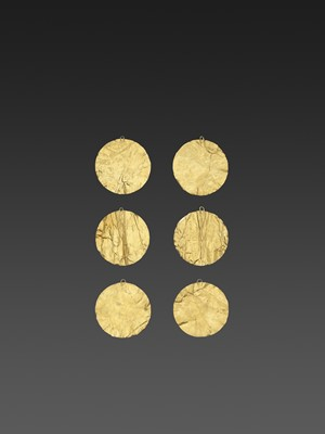 SIX BACTRIAN GOLD DISKS
