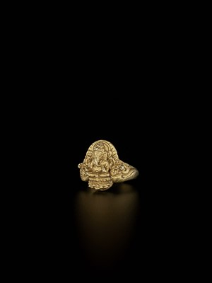 Lot 63-A MASSIVE AND ELABORATE CHAM GOLD RING WITH GANESHA