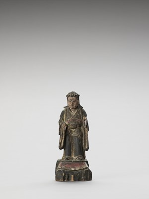 Lot 86 - A POLYCHROME WOOD FIGURE OF A GUARDIAN