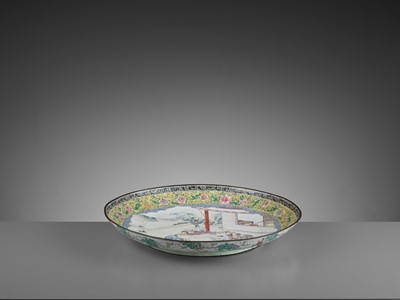 Lot 9 - AN EXCEPTIONAL AND VERY LARGE CANTON ENAMEL 'SCHOLARS' DISH, EARLY 18TH CENTURY