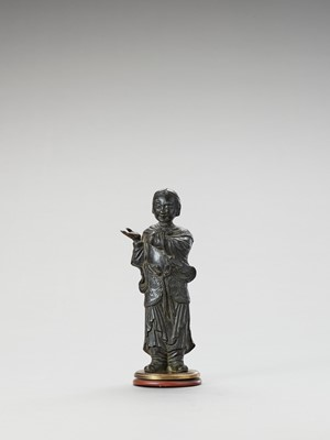 Lot 582 - A BRONZE FIGURE OF A LUOHAN, MING