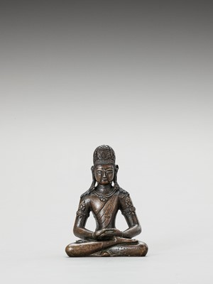 Lot 588 - A HIMALAYAN GILT-BRONZE FIGURE OF AMITAYUS