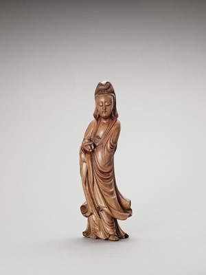 Lot 595 - A BOXWOOD FIGURE OF GUANYIN, LATE QING