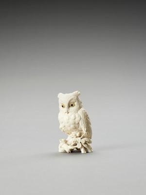 Lot 119 - RYUSAI: AN IVORY OKIMONO OF AN OWL