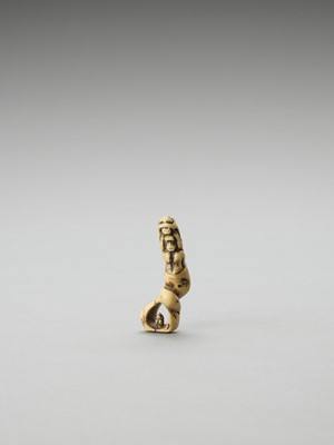 Lot 276 - A STAG ANTLER NETSUKE OF THE THREE WISE MONKEYS