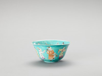 Lot 1138 - A FAMILLE ROSE TURQUOISE BOWL
