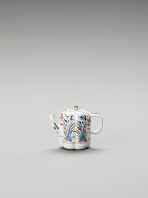 Lot 1070 - AN IMARI PORCELAIN TEAPOT WITH COVER