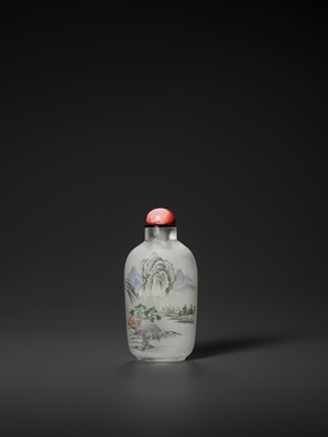 Lot 259 - AN INSIDE-PAINTED GLASS 'LANDSCAPE' SNUFF BOTTLE, MIDDLE SCHOOL, LATE QING TO EARLY REPUBLIC
