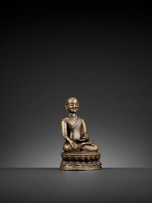 Lot 37 - A PORTRAIT BRONZE OF A MONK, COPPER- AND SILVER-INLAID, 16TH-18TH CENTURY