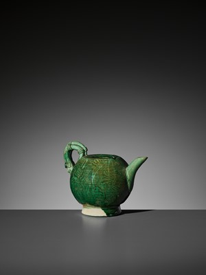 Lot 133 - A GREEN-GLAZED MARBLED TEAPOT, TANG DYNASTY