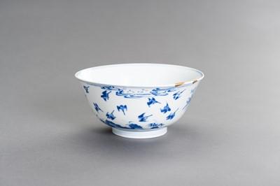Lot 334 - A FINE BLUE AND WHITE PORCELAIN 'BIRDS' BOWL, KANGXI PERIOD