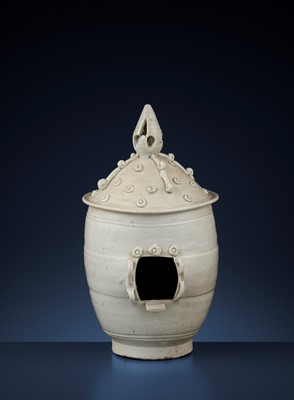 Lot 173 - A LARGE QINGBAI SHRINE, SOUTHERN SONG DYNASTY