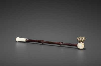 Lot 24 - A HARDWOOD OPIUM PIPE WITH IVORY, HARDSTONE AND SILVERED COPPER FITTINGS, LATE QING TO REPUBLIC