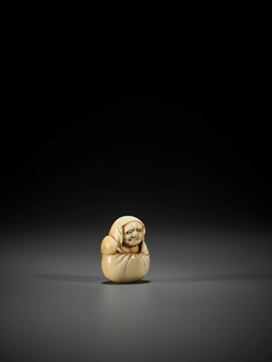 AN OSAKA SCHOOL IVORY NETSUKE OF DARUMA
