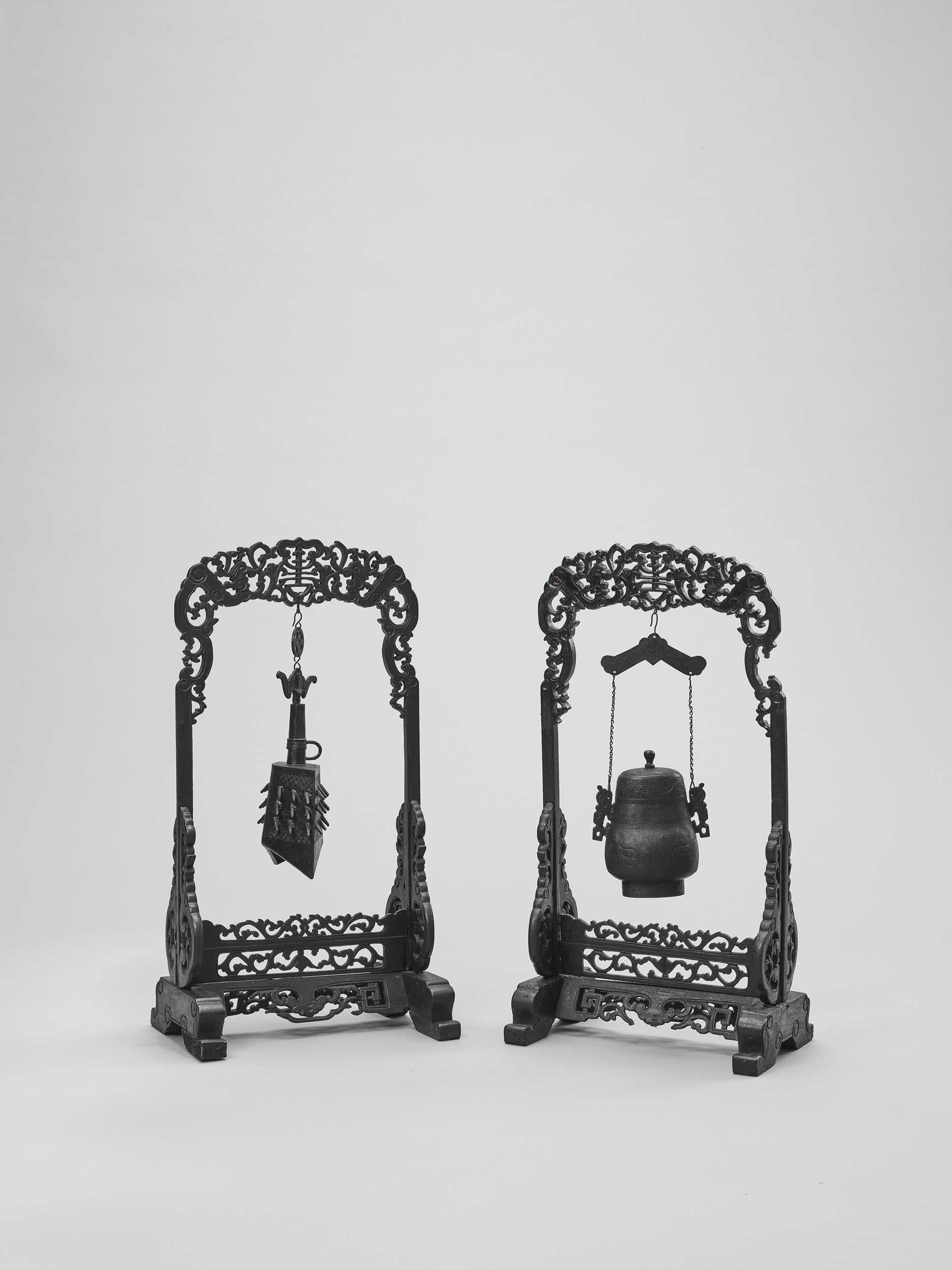 Lot 534 - AN ARCHAISTIC BRONZE TEMPLE BELL AND VESSEL SUSPENDED IN HARDWOOD FRAMES AND STANDS, QING