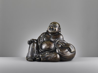 Lot 586 - A LARGE AND HEAVILY CAST BRONZE FIGURE OF BUDAI, QING DYNASTY