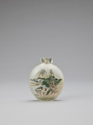 AN INSIDE-PAINTED GLASS 'BUDDHIST DISCIPLES' SNUFF BOTTLE, 20TH CENTURY