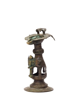 A RARE BASTAR BRONZE ELEPHANT BASE OIL LAMP