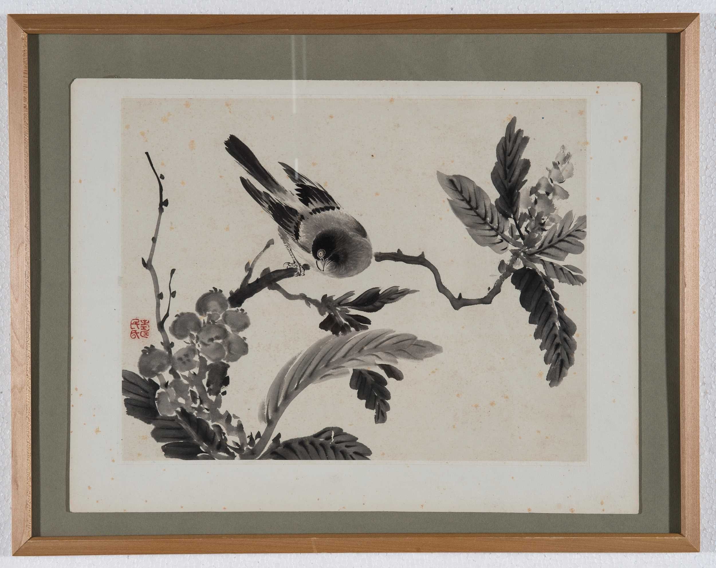 A CHINESE ORIGINAL PRINT OF A BIRD ON A BRANCH, 20TH CENTURY