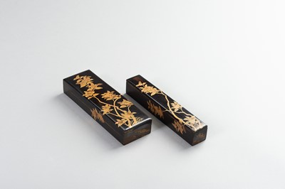 Lot 199 - A SET OF TWO LACQUER BOXES DECORATED WITH POMEGRANATE BRANCHES