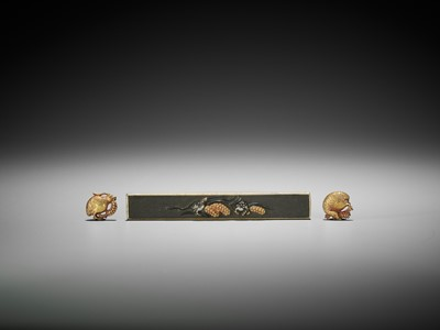 A RARE SET OF A KOZUKA AND MATCHING GOLD MENUKI PAIR DEPICTING QUAILS AND MILLET