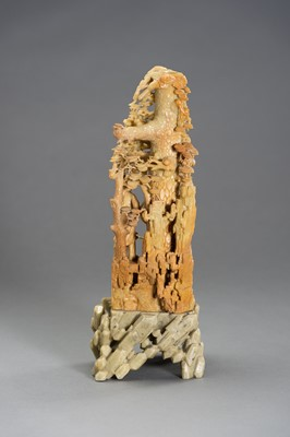 Lot 198 - A STUNNNING LARGE SOAPSTONE CARVING