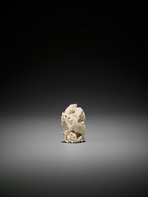 Lot 156 - A FINE SMALL IVORY OKIMONO OF GROUP OF RATS