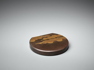 Lot 105 - A SUPERB AND RARE MOON-SHAPED LACQUER SUZURIBAKO WITH LUNAR HARE