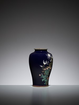 Lot 67 - A MIDNIGHT BLUE CLOISONNÉ ENAMEL VASE WITH A SPARROW AND FLOWERS