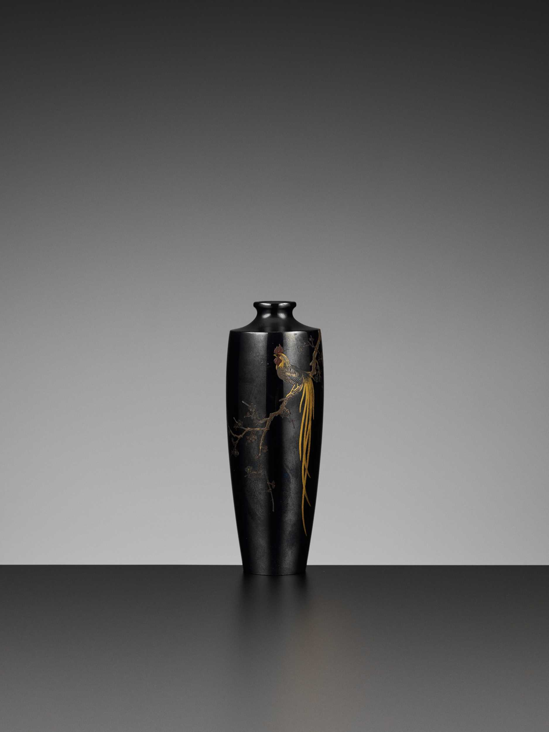 Lot 2 - NOGAWA: A METAL VASE DEPICTING A COCKEREL