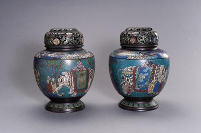 A LARGE PAIR OF CLOISONNÉ VASES AND COVERS