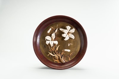 Lot 207 - A DECORATIVE SHIBAYAMA and LACQUER DISH WITH ORCHIDS
