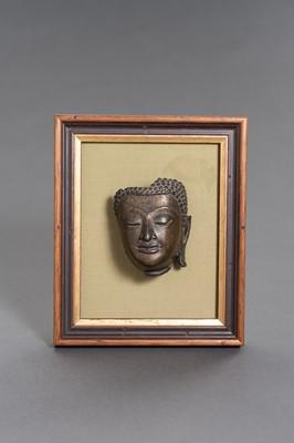 Lot 502 - A BRONZE BUDDHA HEAD, SUKHOTHAI