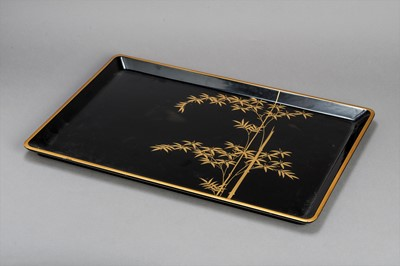Lot 204 - A LARGE LACQUERED TRAY, TAISHO/SHOWA