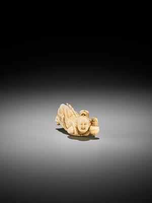 Lot 23 - A SUPERB, LARGE AND RARE IVORY NETSUKE OF A TENNIN (BUDDHIST ANGEL)