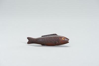 A LARGE WOOD FISH NETSUKE